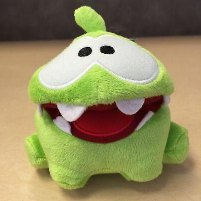 new 5 inch hungry om nom toy